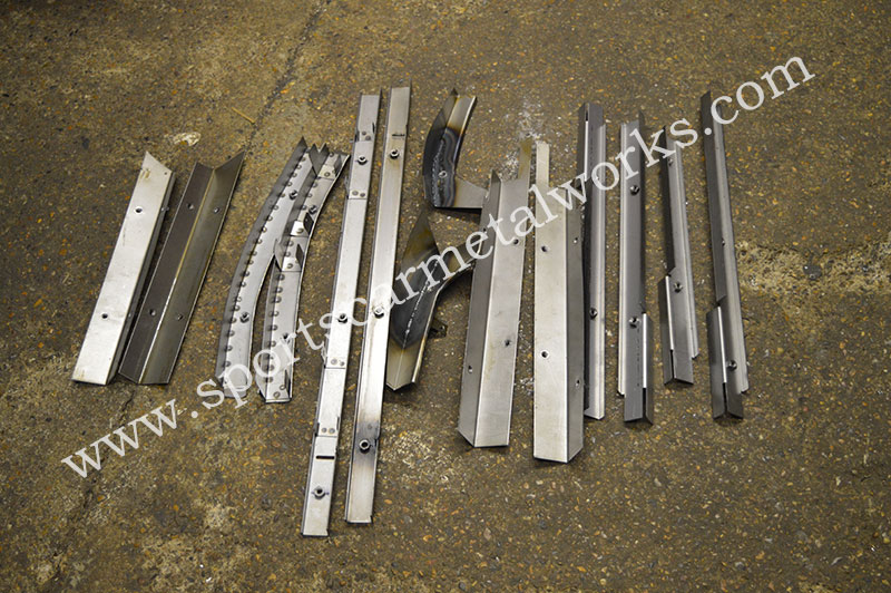 Floor board rail set