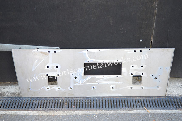 Twin cam bulkhead panel